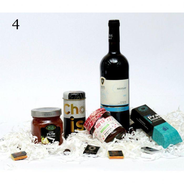 תמונה של 4 מארז פינוק יין ומתוק