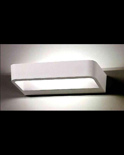 מנורת קיר זווית