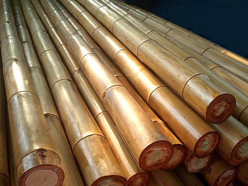 """מוט בקוטר 30-35 (סיני) מ""""מ, אורך 3.90 מטר"""