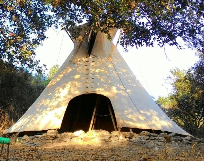אוהלי טיפי