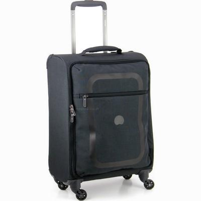 מזוודה קלה בינונית דלסי 66 דופין שחור