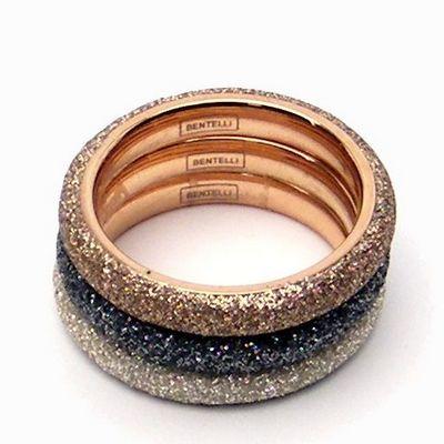 טבעת טריו נירו שבבי מינרל אפור זהב ולבן