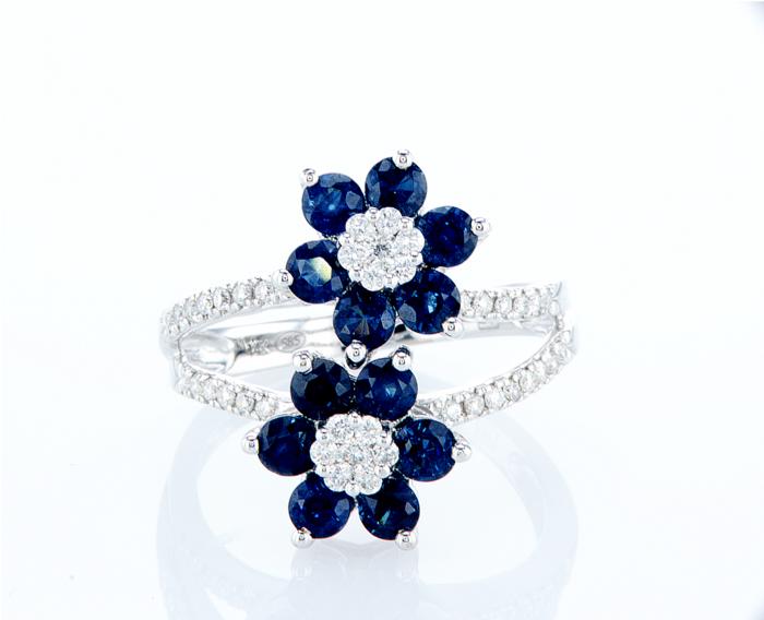 טבעת יהלומים ואבני ספיר