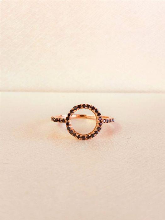 טבעת זהב אדום 14K יהלומים שחורים