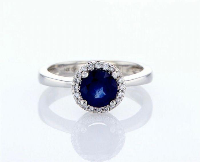 טבעת ספיר ויהלומים זהב לבן