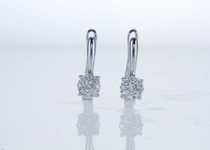 עגילי יהלומים מיוחדים
