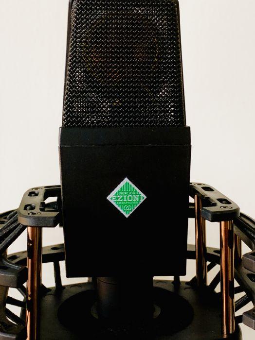 EZM-V4140EM