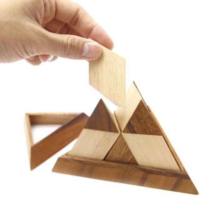 משחק חשיבה  פירמידה