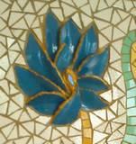 תקריב פרח פורצלן כחול  פרט מתוך תמונת פסיפס