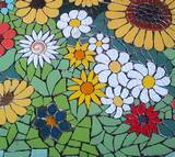 פסיפס - שלל פרחים בחצר - קרמיקה