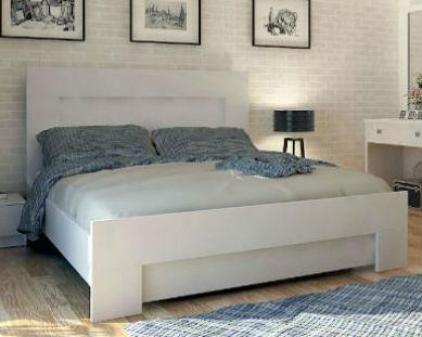 מיטה זוגית מאי