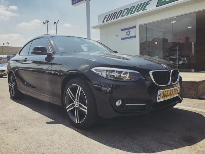 BMW 220i Luxury
