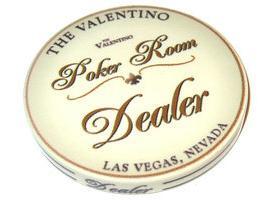 אזל במלאי - כפתור דילר קרמי Valentino
