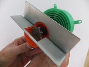 מכונה בעיבוד שבבי ובשילוב הדפסה תלת מימדית